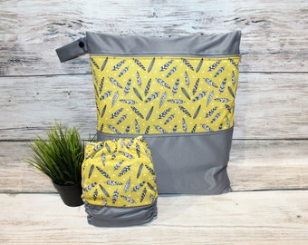 Duet bag / diaper mustard feathers