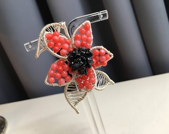Petal Broach / Pin Featuring Shell Pearl - Black Spinel