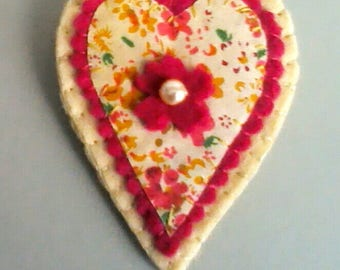 Floral Heart Brooch/Floral Heart Pin