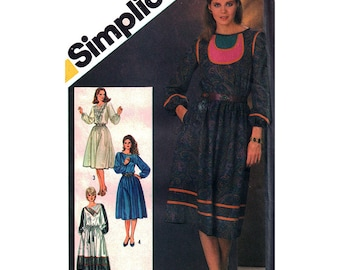 Simplicity Sewing Pattern 5783  Misses' decorated or plain Dress  Size:  16  Uncut