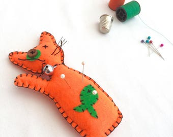 Voodoo Cat Pin Cushion - Voodoo Doll - Cat Feltie - Felt Animal - Needle Cushion - Novelty Pin Cushion - Juju Doll - Sewing Gift - Poppet