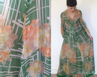 1970s Floaty Floral Green Evening Dress with Velvet trim