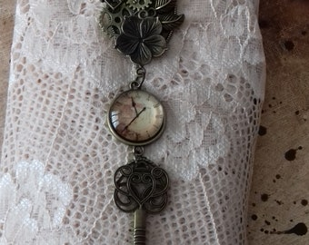 The key to mechanical time, fake watch, steampunk