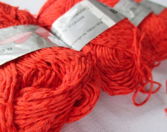4 skeins Cotton Viscose Yarn, Vintage Red Yarn, Knitting Supplies, Crochet Thread, Textured Cotton-Viscose silky gloss Yarn, Vintage Yarn