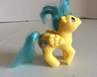 My Little Pony First Tooth Baby Bouncy, My Little baby pony, yellow baby mlp with tooth, yellow newborn my little pony