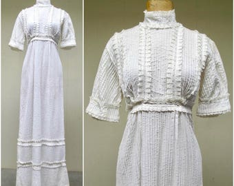 Vintage 1960s Mexican Wedding Dress / 60s White Cotton Lace Boho Lace Empire Boho Bridal Gown / Small