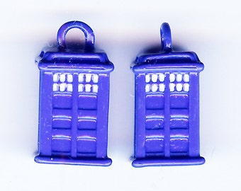 Blue TIME MACHINE Charm. Silver Plated Enamel. 3D Extraterrestrial BBC Television. Spacecraft. Police Call Box. sea