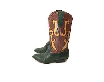 Vintage Nine West Green Snake Skin Cowboy Boots