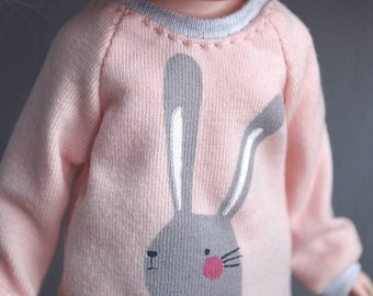 Bunny sweater for Blythe