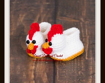 Crochet Pattern 116 - Chicken Baby Booties - 5 Sizes