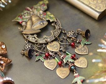 Holly Pin, Christmas Pin, Christmas Brooch, Pin, Brooch, Holly Jewelry, Holiday Pin, Holiday Brooch, Bell Jewelry, Stocking Stuffer P355