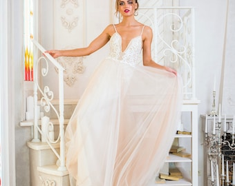 """Collection 2018/ """"Amili"""" gown/ Romantic Bridal dress/ Tulle pearls/  Wedding gown/bridal gown"""