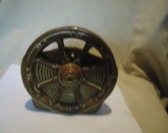 Vintage Ceramic Brown Wagon Wheel Wall Pocket or Planter, collectable