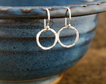 Hammered circle earrings in sterling silver, hammered rings, hammered earrings, silver hoop earrings, handcrafted earrings