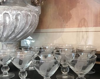 Etched Glass Dessert Dishes Footed Ice Cream / Sherbet Cup Leaf Pattern Vintage Set 10 - #S1000