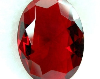 1Pc Glass Jewel Oval 18x25mm Faceted Diamond Cut Unfoiled Pointed Back - Wine Red BR105