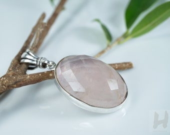 Pink Rose Quartz Sterling silver pendant necklace, The Stone of love jewelry for women, Valentine's gift for her, Oval shaped faceted cut