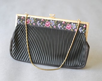 Vintage bag, evening bag, embroidered evening clutch, flower hand bag, flower clutch, party clutch, 40s style hand bag, party satchel