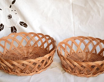 Handwoven Wicker Basket, Wicker Bread Basket, Egg Basket, Fruit Basket, Easter Basket, Bohemian Decor, Bohemian Centerpiece