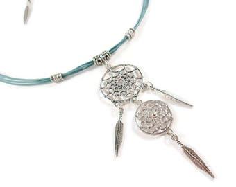Collier attrape rêves, Collier bleu et argenté, Collier cuir, Collier ethnique, collier style indien, collier fantaisie, collier femme