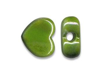 2 ceramic hearts Greek 12 x 10 mm Green