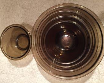 Vintage Pyrex brown amber mixing bowls