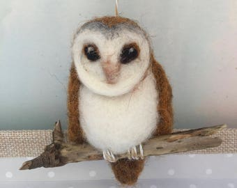 Owl/Barn Owl/Needle Felted Owl/Ready to Ship/Owl Gift/Mothers Day gift//Wool Owl/Owl Ornament/Xmas Tree Owl Ornament