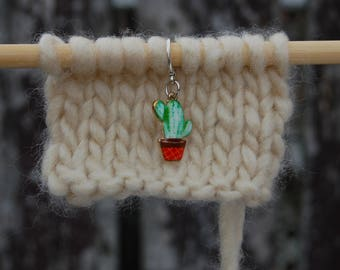 Set of 5 Cactus Stitch Markers for Knitting