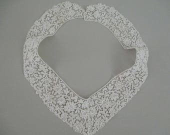 FREE SHIPPING Beautiful Antique Vintage Trim Needlepoint Lace Trim Vintage Collar Cotton