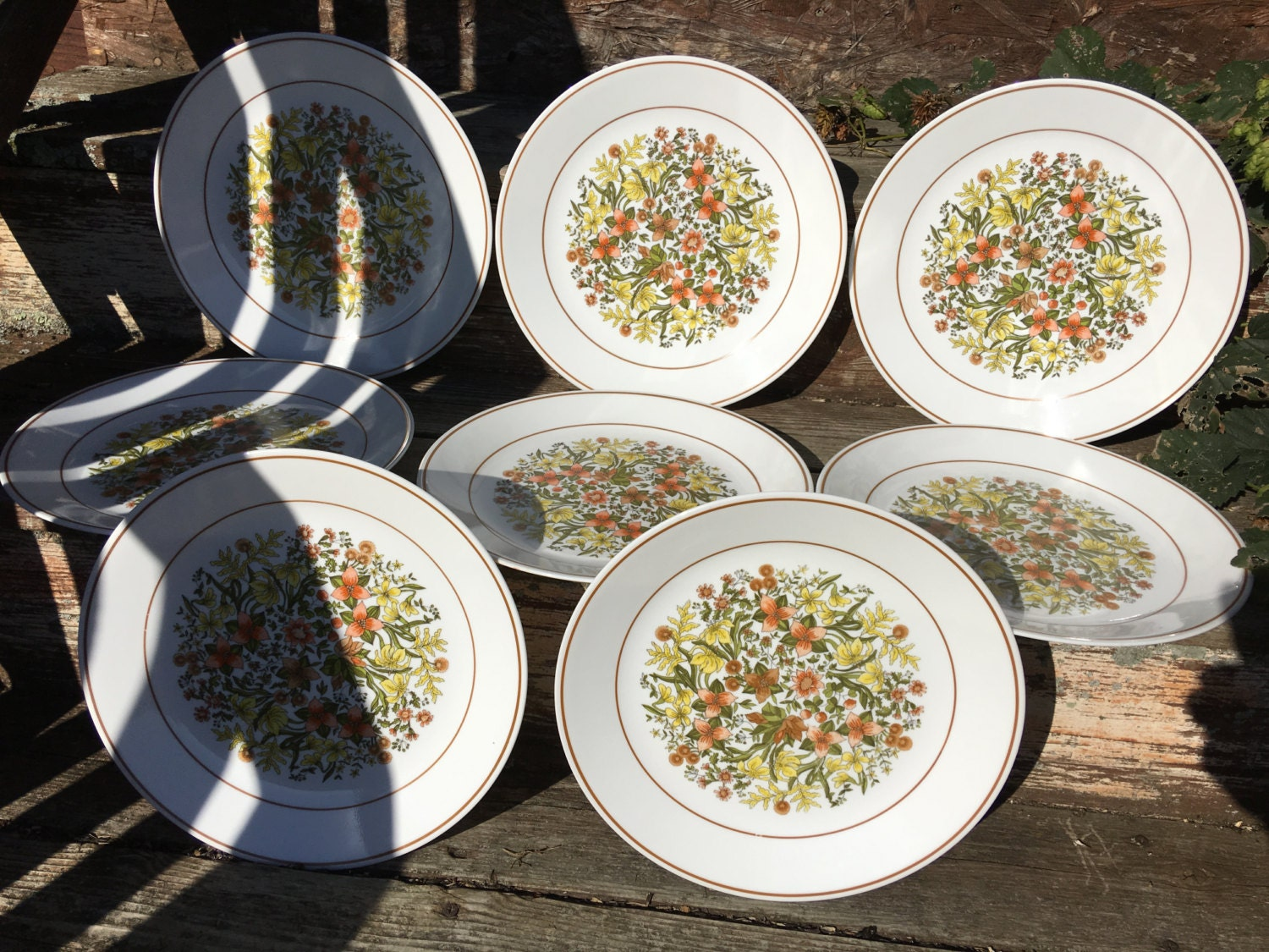 Set of 8 Vintage Corelle Indian Summer Pattern Dinner Plates Fall Colors Autumn Orange Green Brown Yellow Leaves and Flowers Replacement Set & Set of 8 Vintage Corelle Indian Summer Pattern Dinner Plates Fall ...