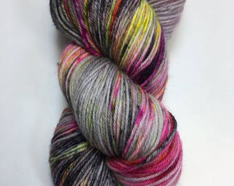 Magycal mistery tour.Hand dyed yarn. sw merino/nylon 75/25%. Magical mystery tour.
