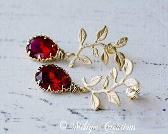 Wedding Bridesmaid Red Earrings, Red Wedding Party Earrings, Bridal Chandelier Swarovski Crystal Cubic Zirconia Drop Earrings