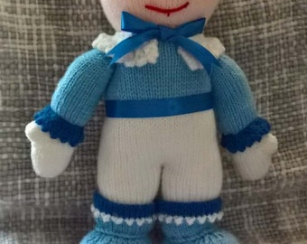 Knitted Christmas figure
