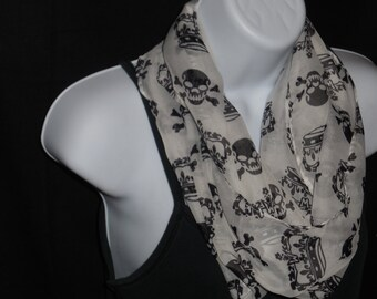 White with Black Crowns and Skulls Viscose Chunky Infinity Scarf