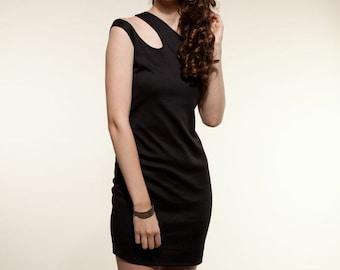 Minimal Dress Side Curve Roma  Black Dresses, Party Dress, Holiday Dress, Little Black Dress, Unique Dresses, Bodycon dress, fitted dress