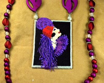 Red Hat Flapper beaded amulet bag