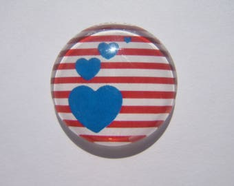 Beautiful cabochon 25 mm round domed with its hearts and its red and white sailor image blue