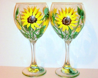 Sunflowers Hand Painted Wine Glasses Set of 2 -20 oz.  Mothers Day, Birthday, Gifts for Her Brides Maids Maid of Honor Mother of the Bride