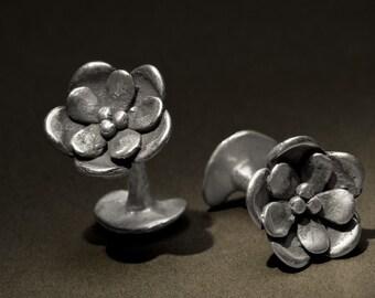 unisex water lily silver cufflinks