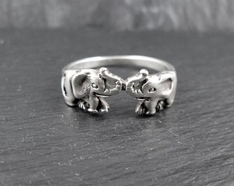 Sterling Silver Elephant Ring | Size 7.5 | Vintage Woman's Ring