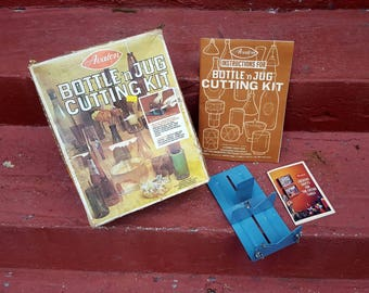 Vintage Avalon Bottle and Jug Cutting Kit