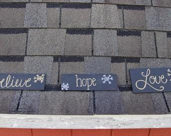 Believe, Hope, & Love Christmas Sign set
