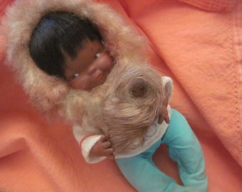 MIINITURE ALASKAN DOLL With baby...Vintage 1930s Collectible