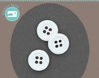 Round button 4 plain white 12 mm diameter holes