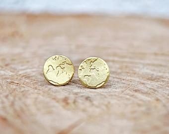 World map earrings / Travel Gift / Travel Earrings / Globe Earrings / Stud Earrings / Gifts for women / Globetrotter / Traveler Gift