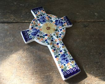 Lovely Floral Polish Pottery Cross