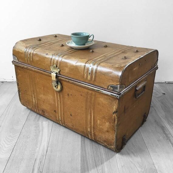 Metal Trunk Vintage Old Original 1930s Tin Coffee Table Toy Box Chest Storage