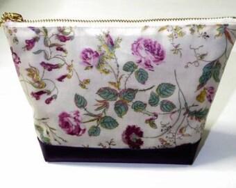 New!! Handmade makeup cosmetics pouch bag liberty vinil coated Garden