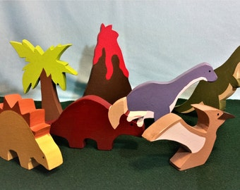 7 piece, Chunky, Wooden Dinosaur Play Set