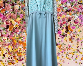 Vintage 1960s Light Blue Lace Natural Waist Dress with bow